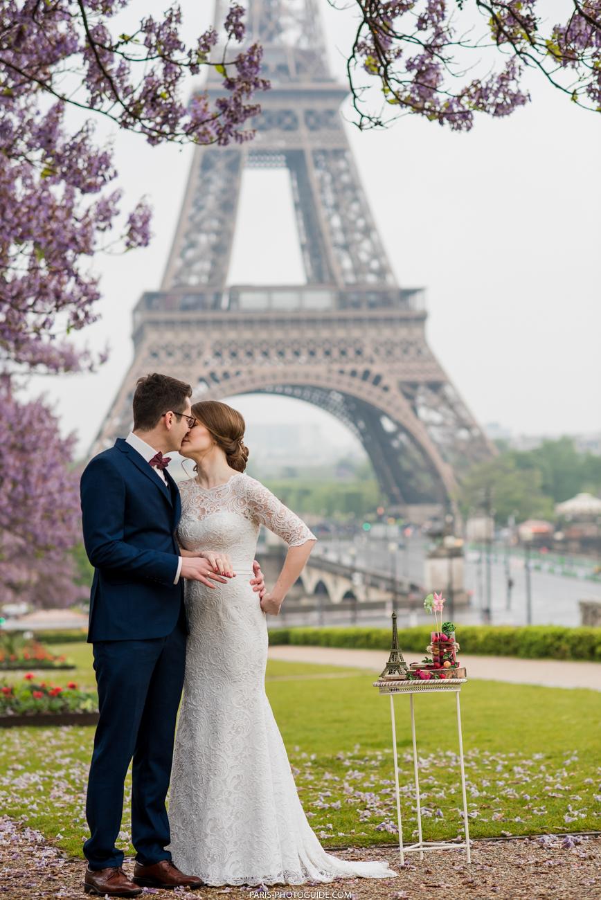 была свадебное фото в париже популярным считается тоннель