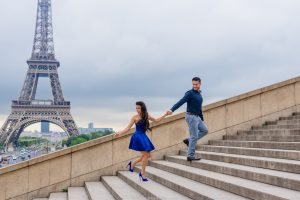 Фотосессия в Париже Эйфелева башня lovestory